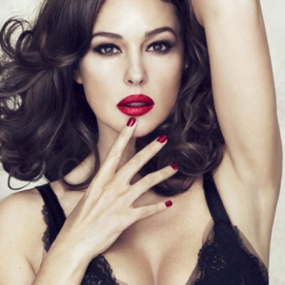 Monica_Bellucci_Dolce_and_Gabbana